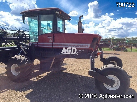 MacDon 9250 Windrower / Swather